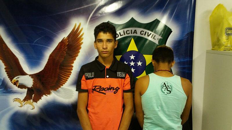 jovens assalto simulacro arma de fogo Itabaiana Sergipe