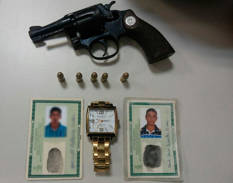 jovens posse arma de fogo Moita Bonita Sergipe