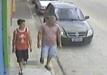 Dupla suspeita de furtar ciclomotor no centro da cidade de Itabaiana � procurada pela pol�cia