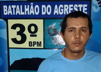 Mandado de pris�o: Suspeito de crime de homic�dio � detido pela PM em bairro da regi�o perif�rica de Itabaiana