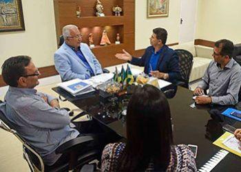 Prefeito de Itabaiana � recebido pelo governador e firma parceria para o Curso de Forma��o da Guarda Municipal