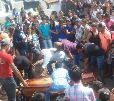 enterro Jeane Show Poço Redondo Sergipe