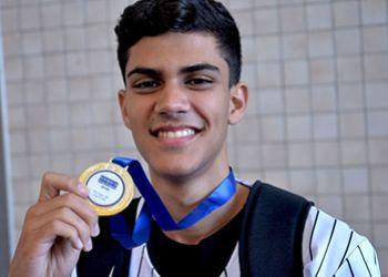 Estudante sergipano conquista ouro na etapa nacional da Olimpíada de Língua Portuguesa