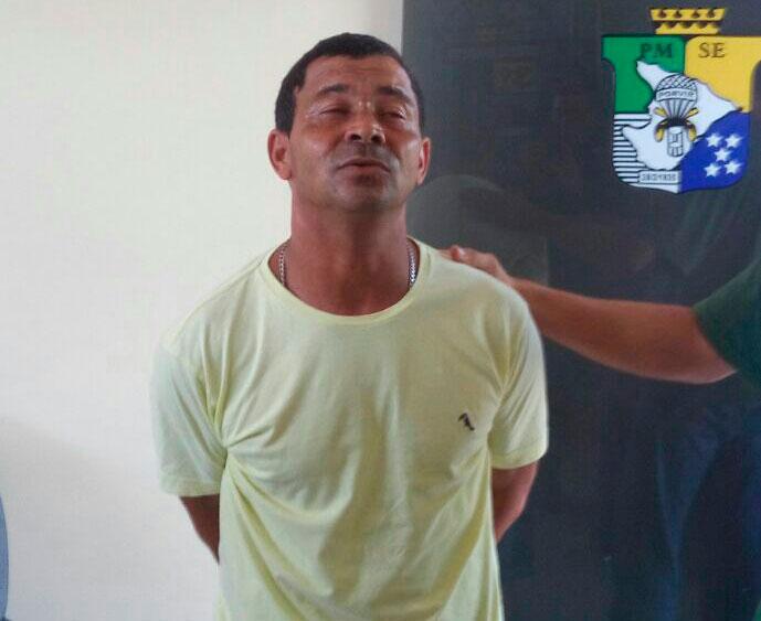 homicida micro-ônibus revólver Itabaiana Sergipe