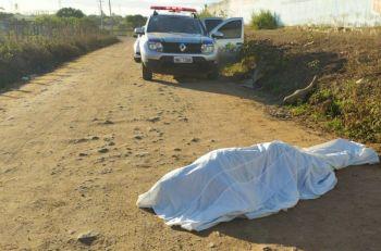 Homem � encontrado morto em estrada vicinal na Zona Rural de Itabaiana