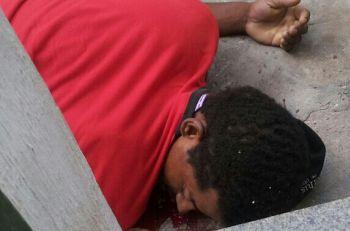 Homem � morto a tiros enquanto dormia sentado em cadeira de bar na cidade de Itabaiana