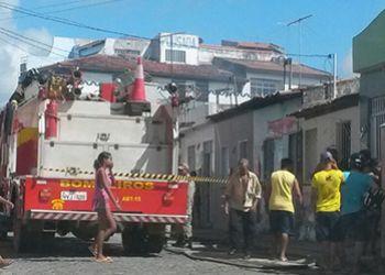 No centro da cidade: Fogo destr�i resid�ncia parcialmente em Itabaiana