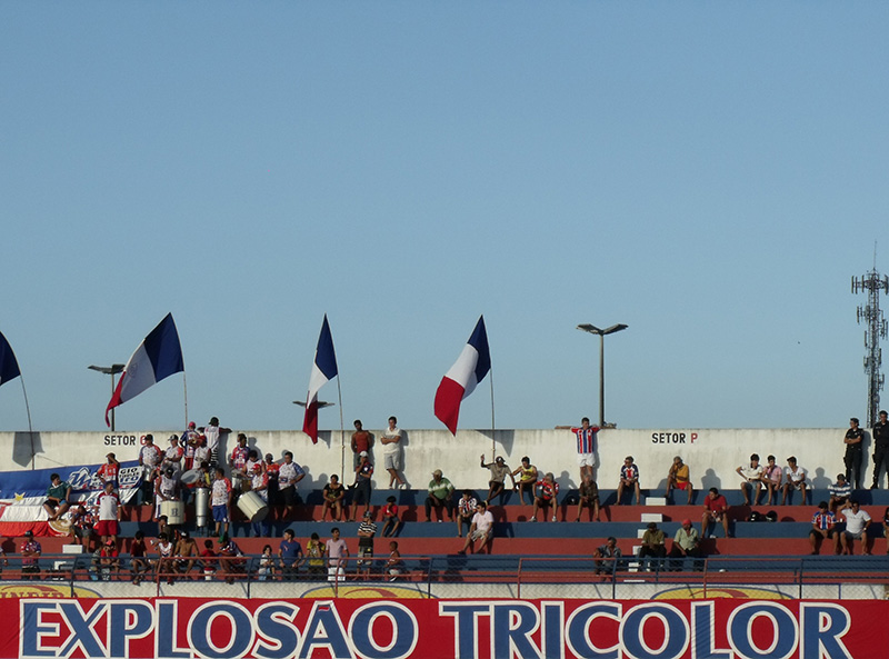 morte irmão torcida organizada Explosão Tricolor Itabaiana Sergipe