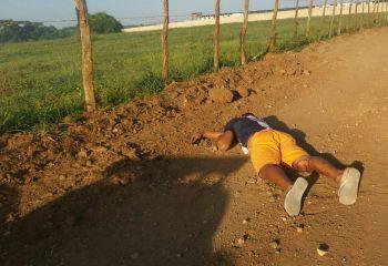 Jovem � encontrado morto em estrada vicinal ap�s ter sido sequestrado da pr�pria resid�ncia
