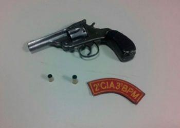 Jovem � preso em Frei Paulo por amea�a a populares e porte ilegal de arma de fogo