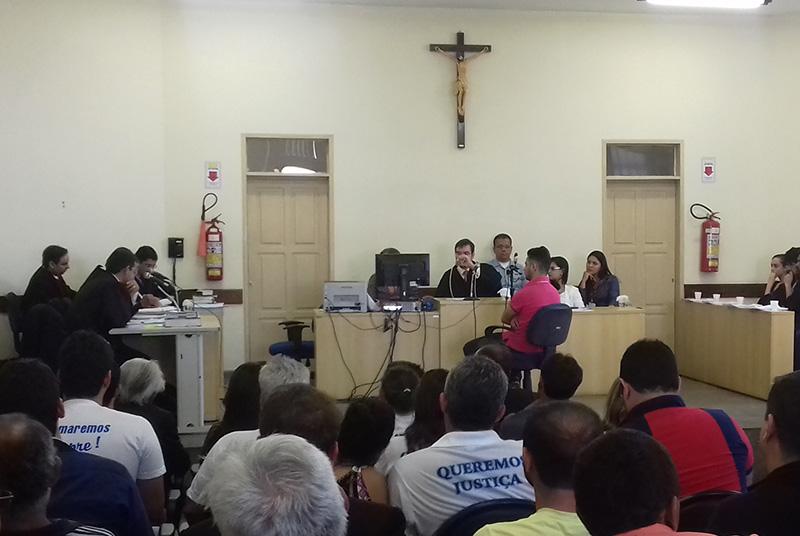 julgamento irmãos matar idoso Nossa Senhora Aparecida Sergipe