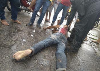 Indivíduo é flagrado pela vítima no momento em que tentava furtar motocicleta na Cidade de Itabaiana