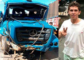 Caminh�o carregado de verduras capota em rodovia do Estado da Bahia e mata jovem itabaianense