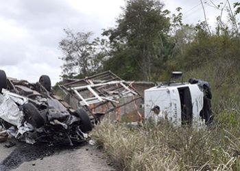 Acidente mata casal sergipano na BR-101 no Estado da Bahia