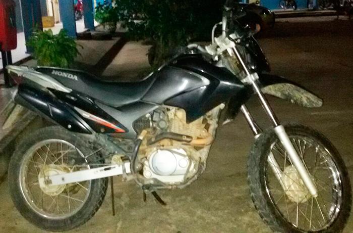 motocicleta Honda Bros apreendida Itabaiana Sergipe
