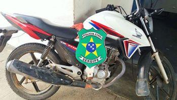 Motocicleta tomada de assalto em Moita Bonita é recuperada pela Polícia Civil na região Sul de Sergipe