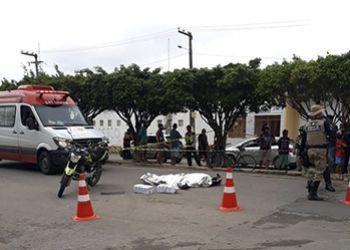 Moto Taxista morre ap�s ser atropelado por caminh�o em Avenida de Itabaiana