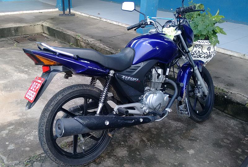 motocicleta abandonada Itabaiana Sergipe