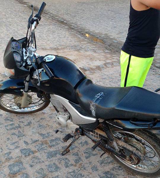 motocicleta roubada povoado Junco Areia Branca Sergipe