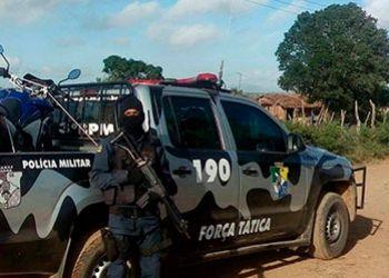 Motocicleta de Policial Militar tomada de assalto em rodovia de Itabaiana � abandonada na �rea rural