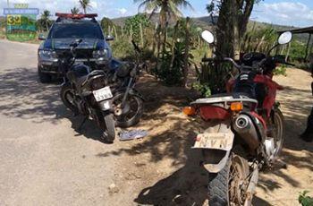 Três motocicletas com restrições de roubo são recuperadas pela PM durante tentativa de homicídio