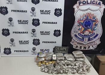 Polícia Penal flagra mulher tentando entregar em Unidade Prisional maconha escondida em pacotes de macarrão e bombons