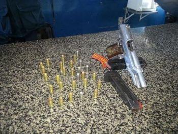 Dupla � flagrada pela Pol�cia Militar de posse de arma de fogo no Agreste Sergipano