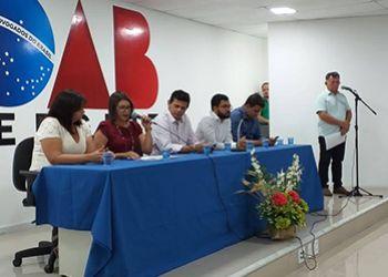 Conselheiros tutelares eleitos no município são empossados no cargo em solenidade no auditório da OAB