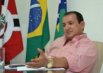 Prefeito afastado de Lagarto tem prisão convertida em medidas cautelares