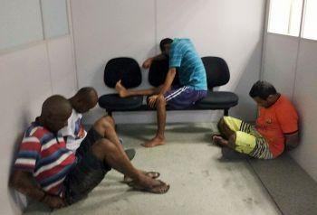 Quarteto � preso em resid�ncia no povoado Caja�ba, zona rural de Itabaiana