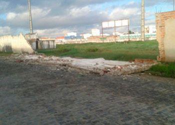 Federação mantém jogo pelo Hexagonal, mesmo com queda de parte do muro do Estádio Brejeirão