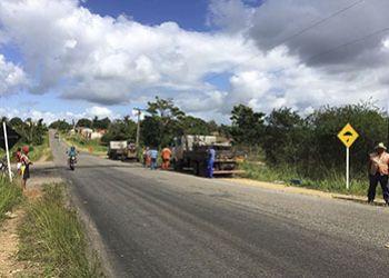 DER/SE instala redutores de velocidade na Rodovia Jo�o Paulo II no munic�pio de S�o Domingos