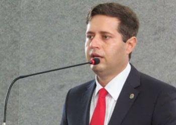 Vereador por Itabaiana renuncia ao mandato ap�s ser nomeado como membro do corpo docente da Universidade Federal de Roraima