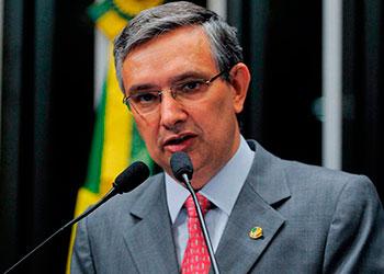 Senador Eduardo Amorim (PSDB/SE)