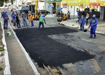 Valmir de Francisquinho reativa usina de asfalto e retoma tapa-buracos em Itabaiana
