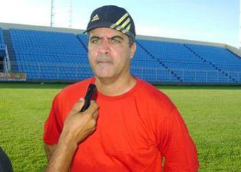 Diretoria do Itabaiana anuncia ex-t�cnico do Sergipe para substituir Cora��o Valente