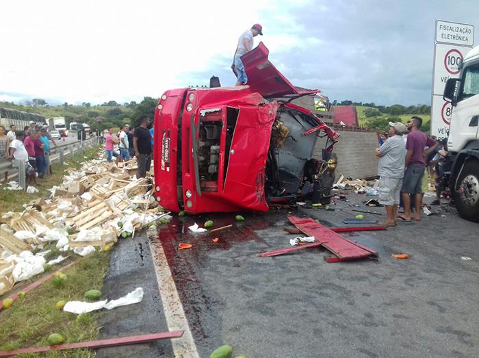 motorista Ribeirópolis Sergipe morto acidente Minas Gerais