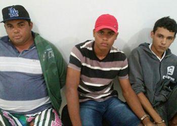 PM de Frei Paulo prende jovens suspeitos de crimes de assaltos na regi�o