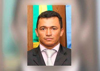 Vereador preso pela PRF com carro roubado ganha direito de responder processo em liberdade