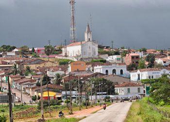 Juiz eleitoral cassa prefeita e vice-prefeito de município da região Centro-Sul de Sergipe