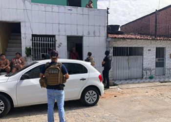 Polícia Civil deflagra operação e desarticula grupo envolvido com o tráfico de drogas