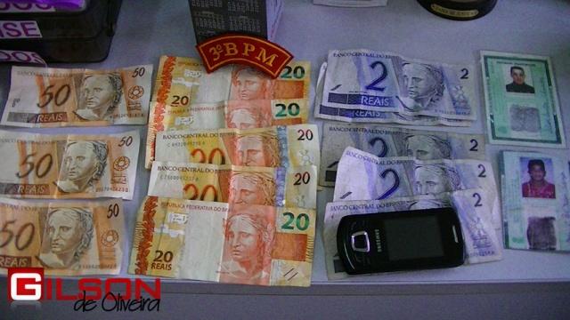 dupla_dinheiro_falso_g2_640