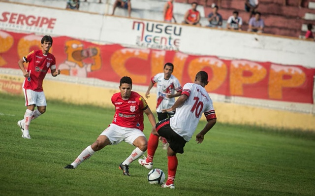 sergipe_riverplate2013_decisao_2_g_640